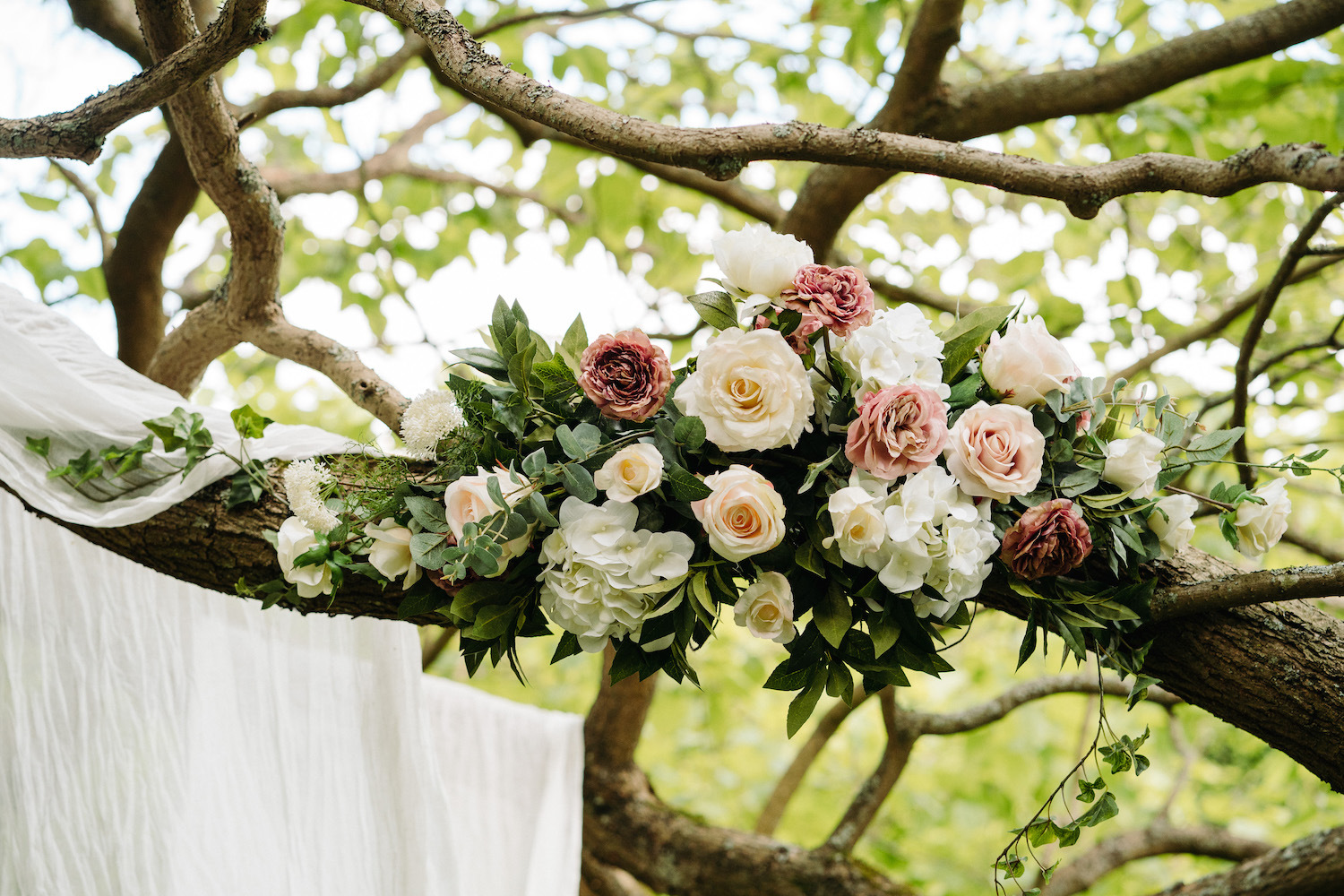 faux-flowers-for-wedding-ceremony