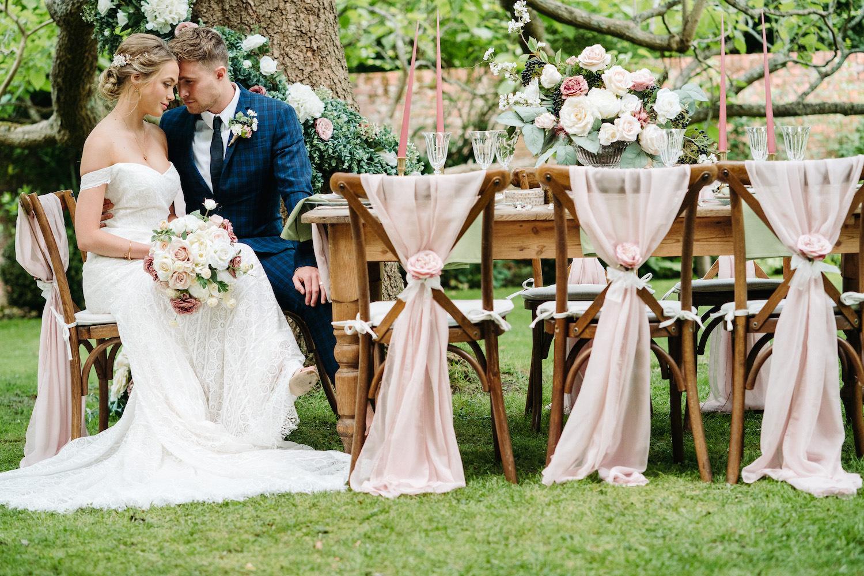 garden-wedding-table-in-walled-garden