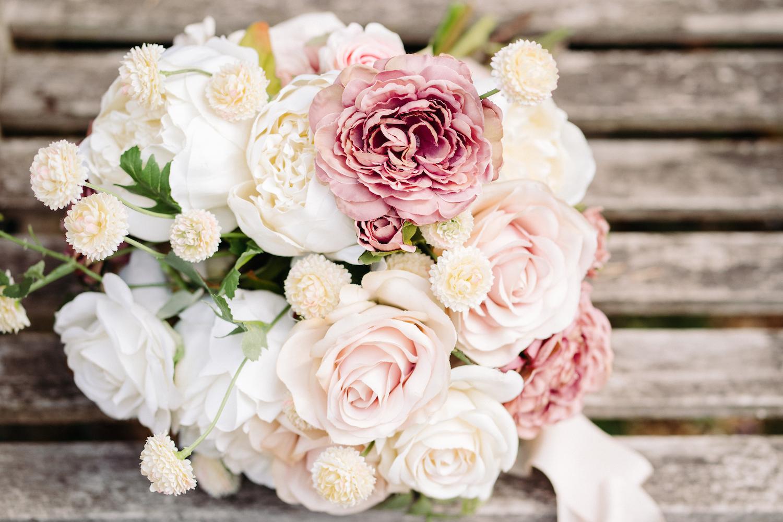 faux-flowers-spring-bouquet